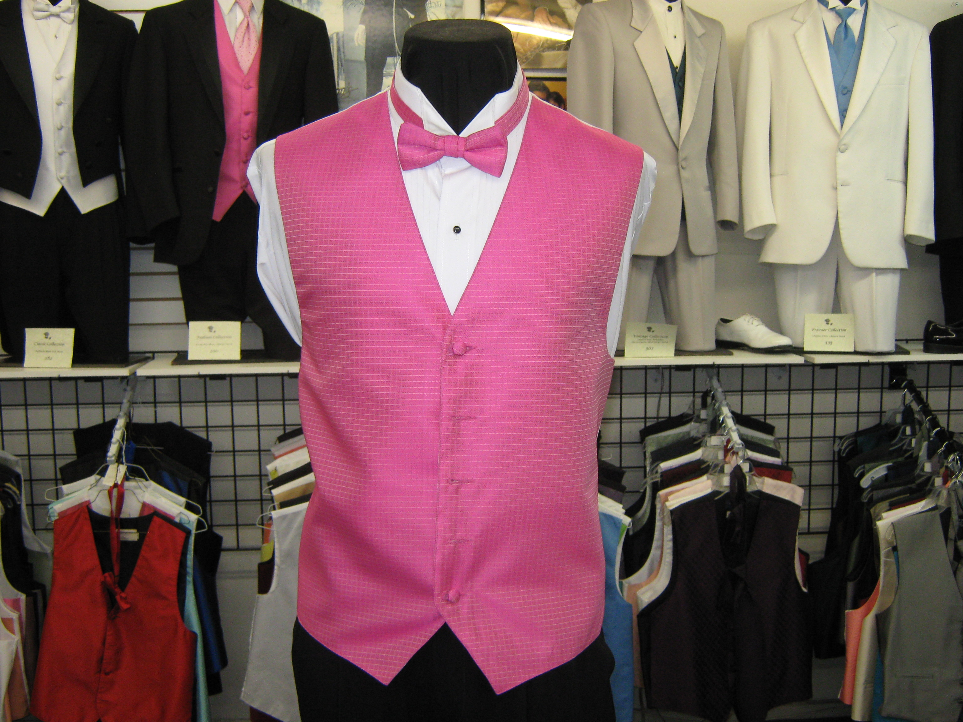 for quinceanera chambelanes suits displaying 19 images for quinceanera    Quinceanera Chambelanes Outfits Pink