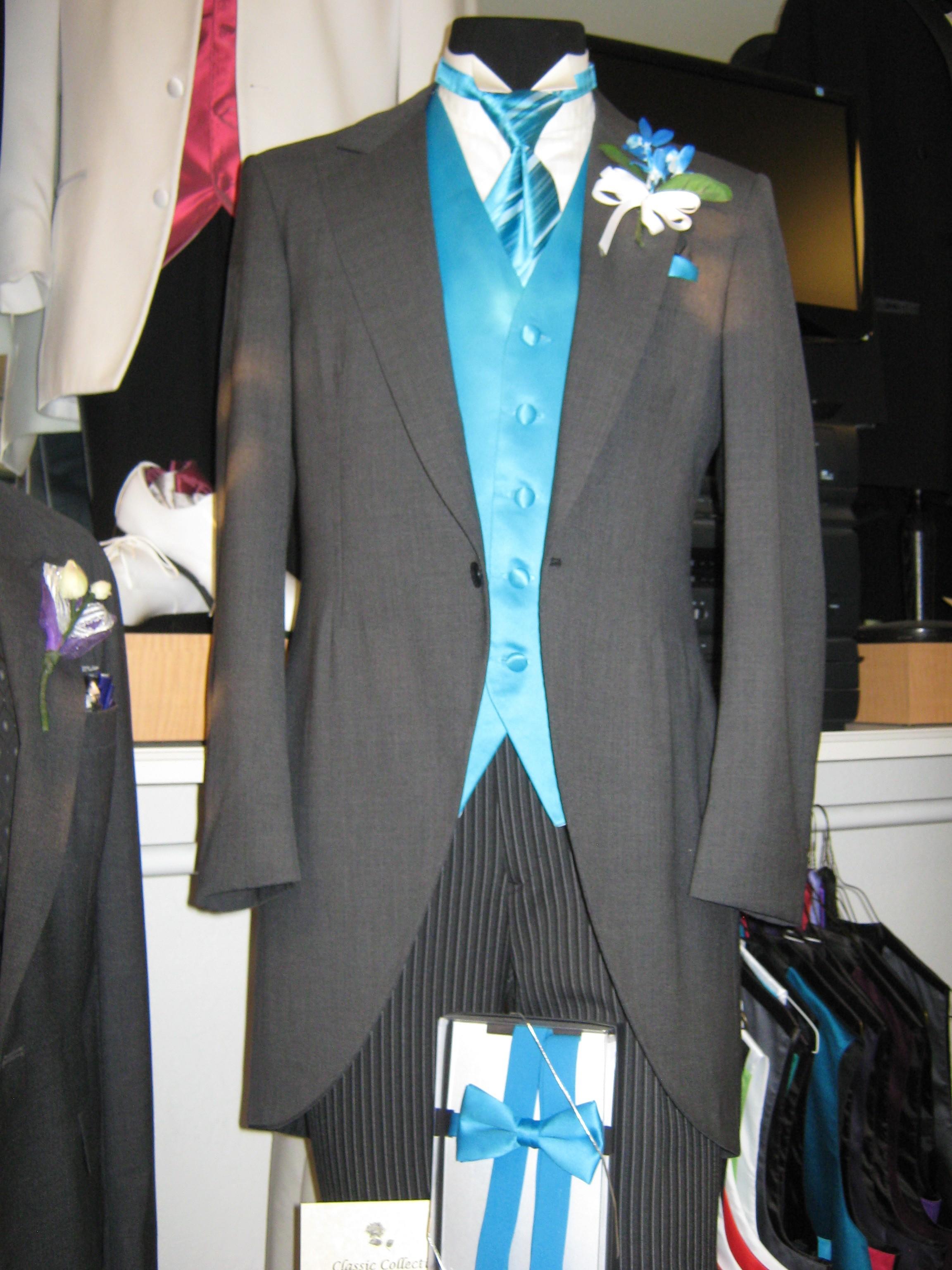 Quinceanera Tuxedos For Chambelanes Rose Tuxedo Wedding