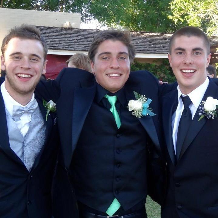 Prom boys