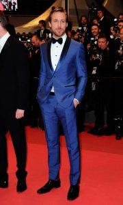 Ryan Gosling looking dapper in a blue tuxedo